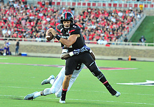 Patrick Mahomes- Texas Tech Football vs Stephen F Austin 2016