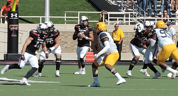 Reagor Dykes Ford >> Patrick Mahomes Throws 60+ Yard Bomb Against West Virginia